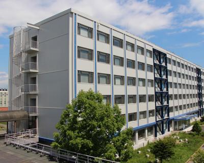 管理研究棟の改修